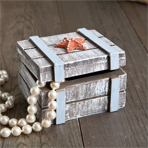 Distressed Wooden Jewelry Box with Starfish