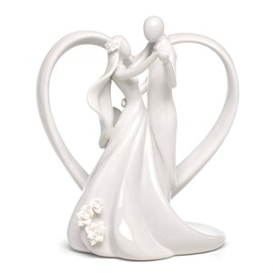 Heart Arch and Couple Cake Top