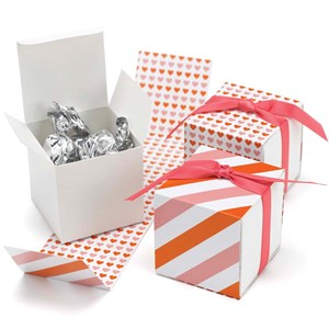 Orange And Pink Reversible Hearts Wrap Boxes